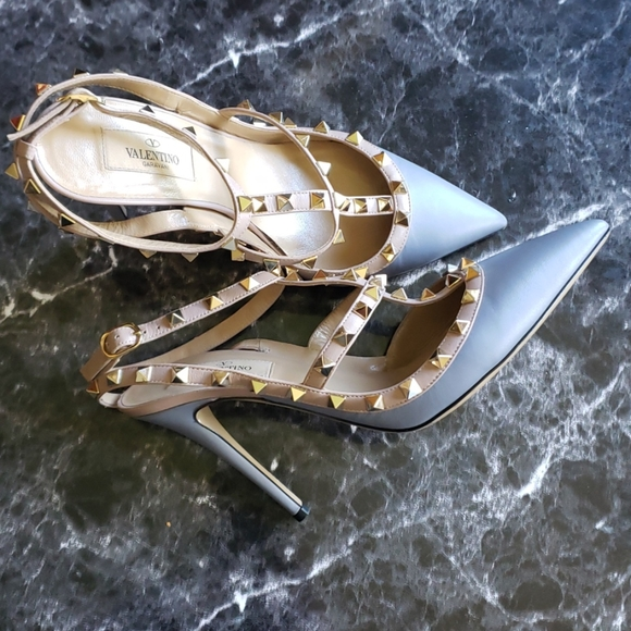 Valentino Nappa Rockstud Ankle Strap Pumps Sz.39